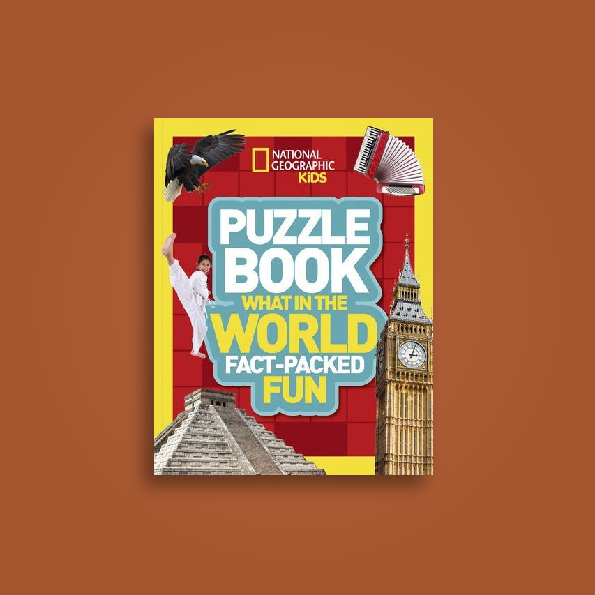 Puzzle Book What in the World: Brain-tickling quizzes, sudokus, crosswords  and wordsearches (National Geographic Kids Puzzle Books) - undefined Near